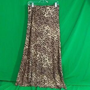 Billabong large maxi skirt animal print size large